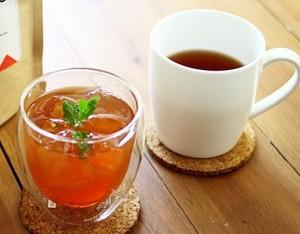 紅茶(HOT/ICE)¥100